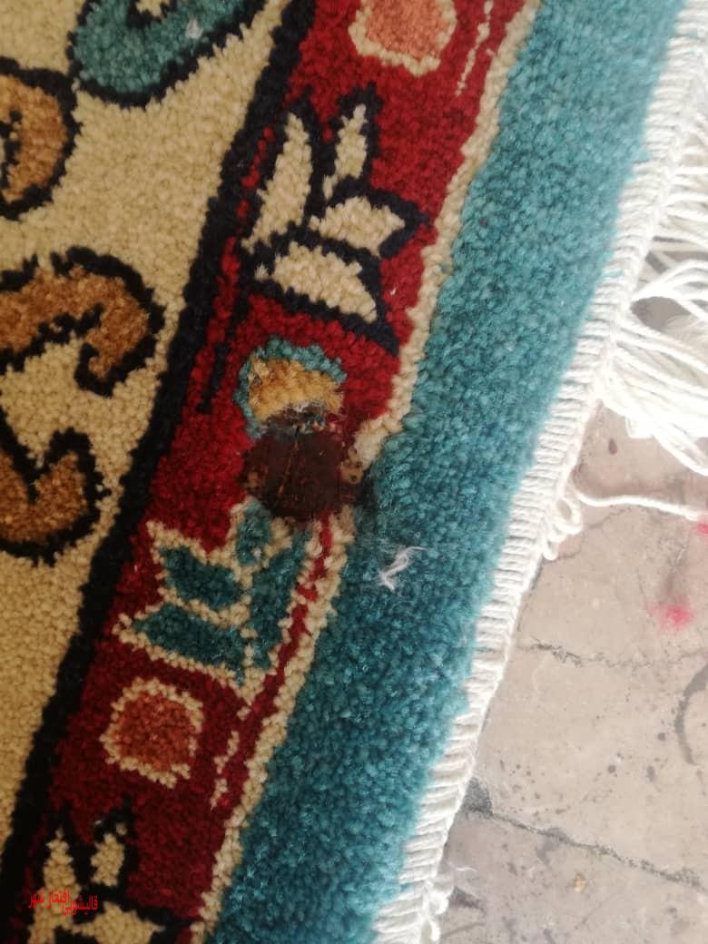 فرش سوخته پیش از رفوگری افتخارشهر